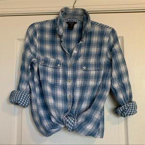 Multi print blue plaid button down Sz S
